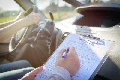 【仮免許試験】技能試験の内容とは?仮運転免許許取へのポイントも解説!
