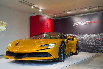 フェラーリ初電動車「SF90スパイダー」日本上陸!乗った人の話も聞けたプレス発表会レポ