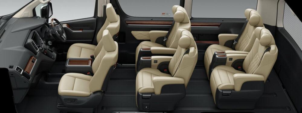 トヨタ グランエース Premium 内装