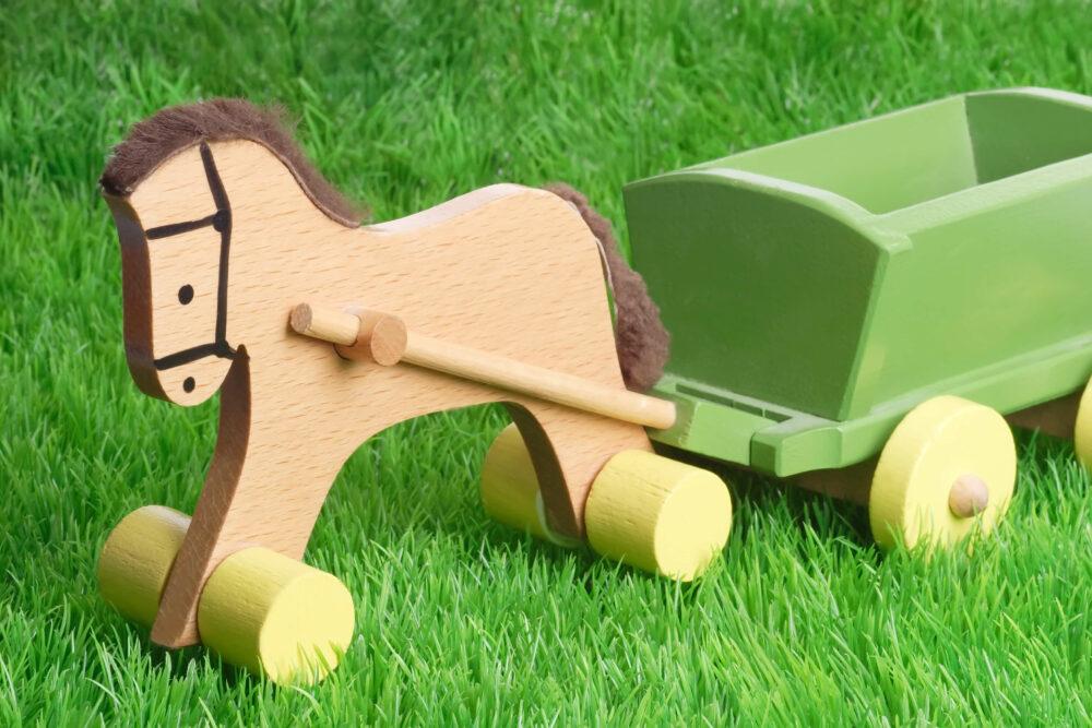 馬のおもちゃ