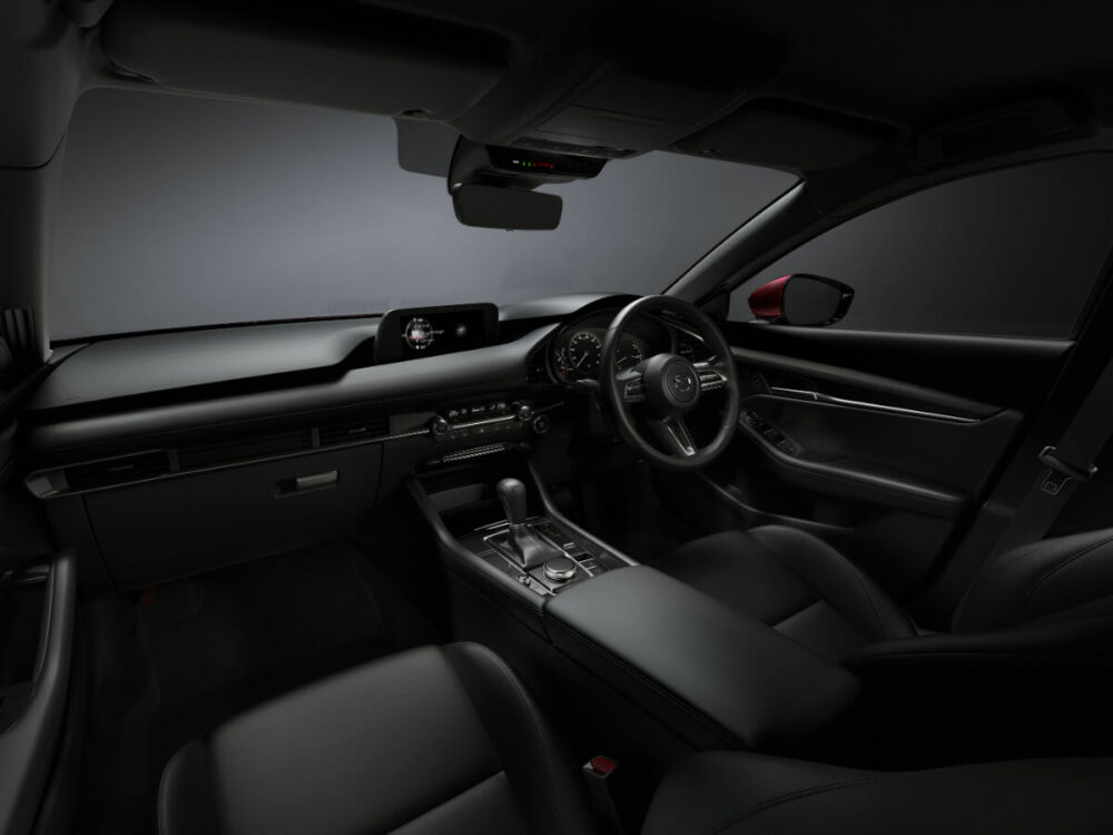 マツダ MAZDA3 2019年モデル 運転席
