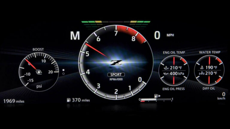 【動画付】新型フェアレディZにレーシングカー譲りのレブインジケーター採用か