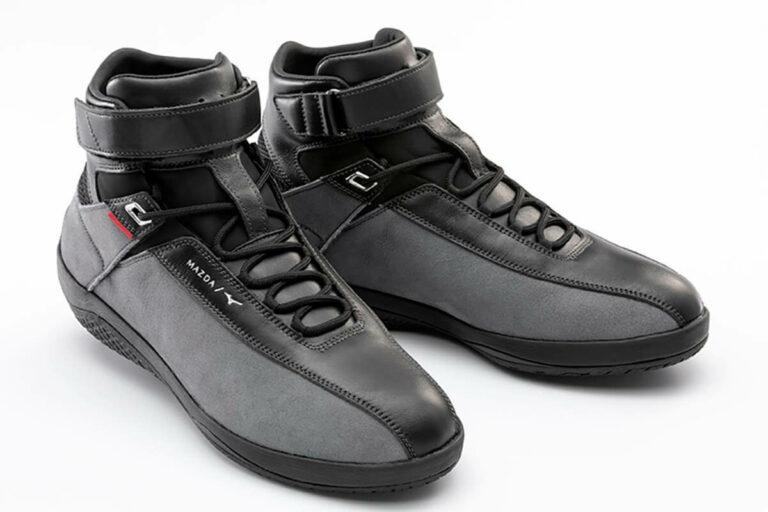 「歩く」ような自然なフィーリングを求めるマツダ、靴づくりを始める