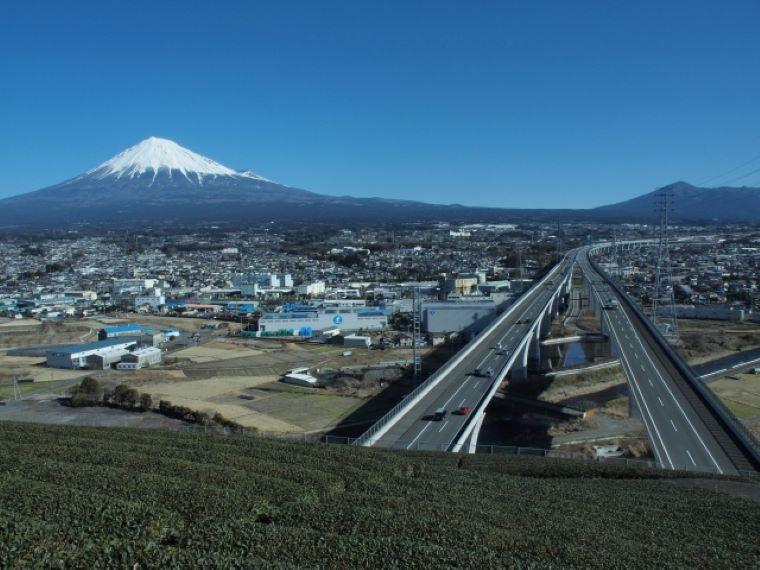 静岡と富士と高速