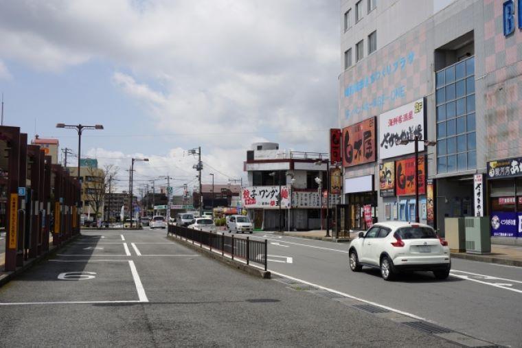 静岡の駅前