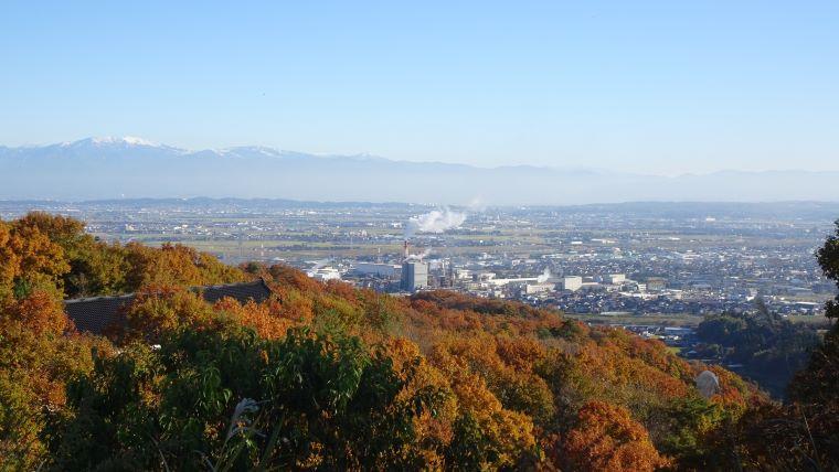 富山の山の上からの街並み